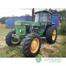 Трактор John Deere 4240 (1990)
