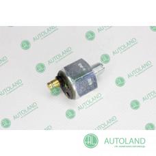 Датчик тиску масла в двигуні - Claas 133320.0, 0001333200